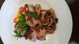 コース肉料理 一例 富士金華豚のグリル