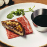 赤身肉とフォアグラ! バンビーナ風ロッシーニ!