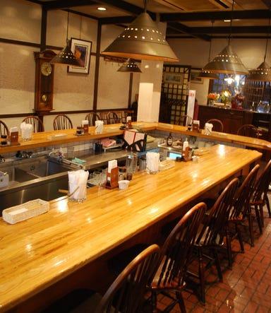 京都の洋食屋 グリルにんじん  店内の画像
