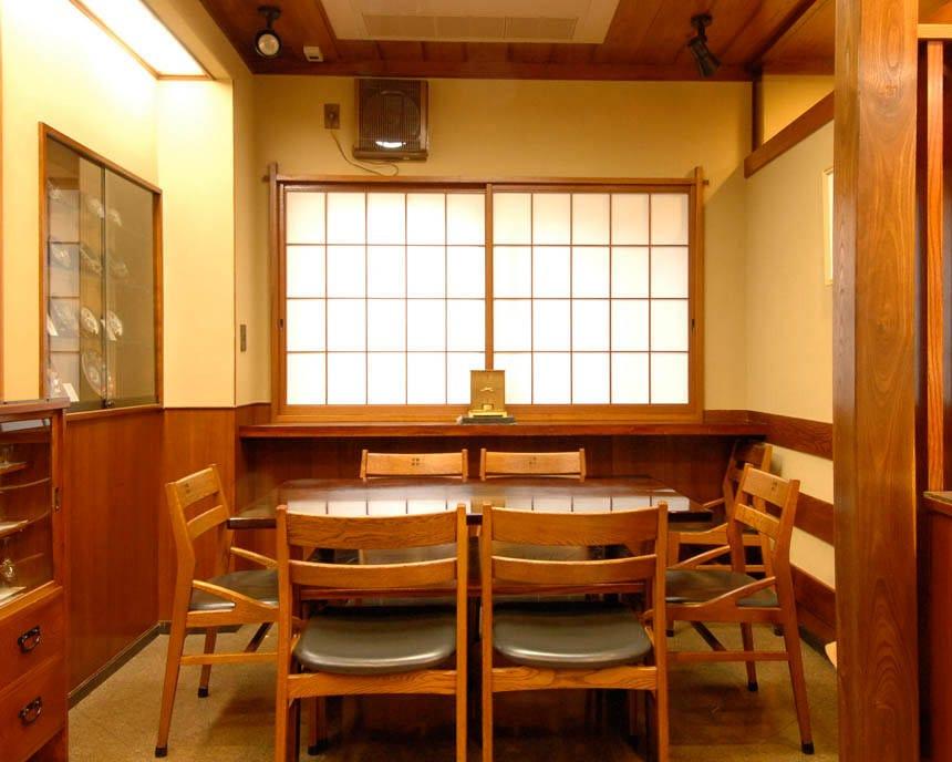 お仲間やご家族との参拝帰りにも 気軽に老舗の天ぷらをどうぞ
