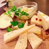 各種チーズ【各地】