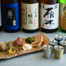 常時30種類以上の日本酒をご用意