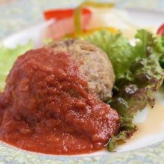 牛ロースの荒挽きハンバーグ ~絶品トマトソース~