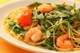 スパゲッティ 小海老とルッコラの塩味