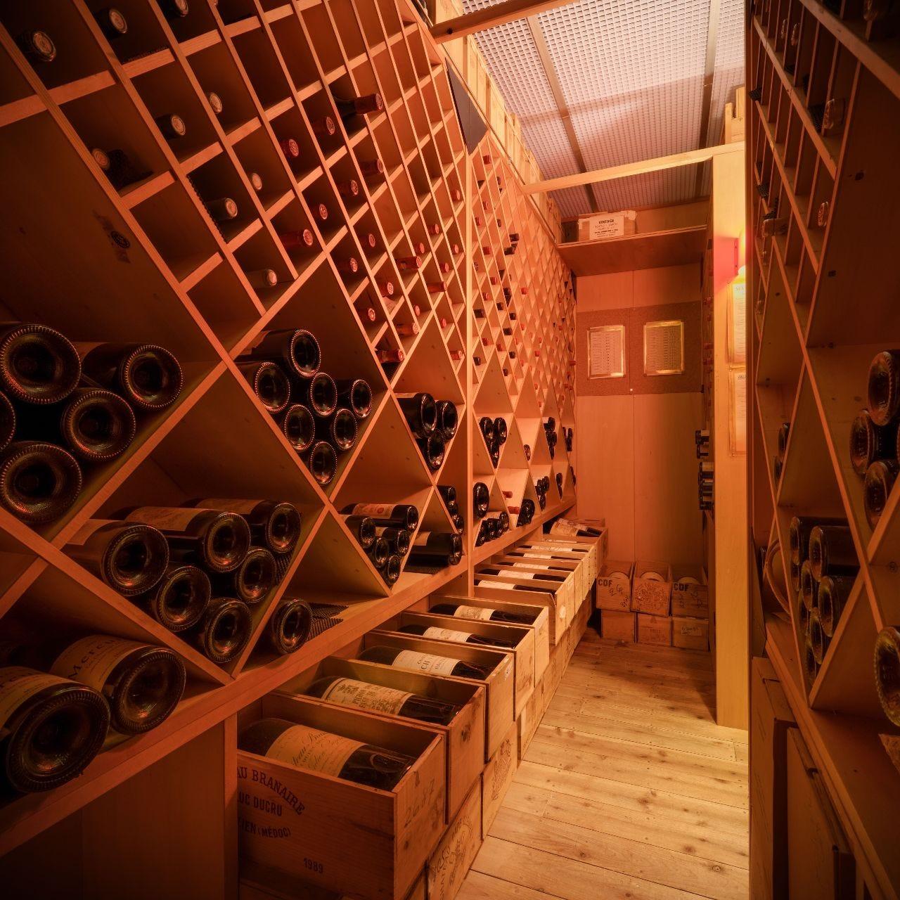 ソムリエセレクトのワインリスト