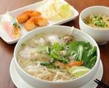 タイ式ライス麺のラーメンセット