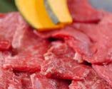 肉にこだわっております。特選国産和牛もご用意。