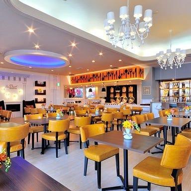 ガーデンホテル 紫雲閣 東松山 レストラン DESERT  店内の画像