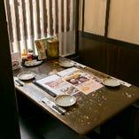 【1~32名様/テーブル席】個室気分も味わえる、ゆったりベンチシートのお席