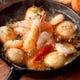 海老とエリンギのアヒージョ オリジナル味噌アヒージョも大人気