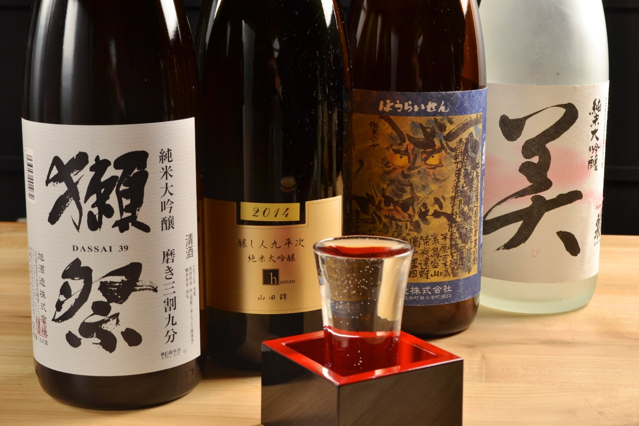 獺祭や九平次など希少な日本酒も 1杯500円でご提供しています