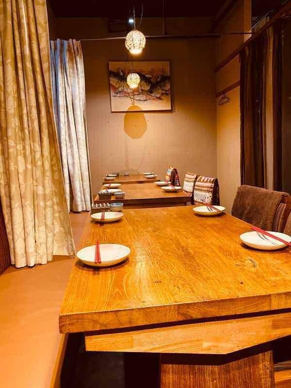 テーブル席・完全個室(壁・扉あり)・10名様~30名様
