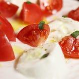 アップルスタートマトのカプレーゼ