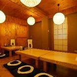 ログハウス風の完全個室が3部屋。大人気につきお早目のご予約を!!