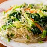ビーフンたっぷり!タイ風サラダ