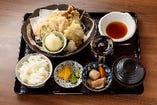 鶏と彩り野菜の天婦羅定食