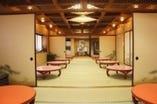 レストラン2階大広間 100名様まで対応できます。