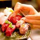 馬肉・牛肉・鴨肉・フォアグラなどバリエーション豊富な肉寿司!