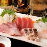 愛知県の豊浜、片名漁港より直接買い付けている新鮮魚介の数々!