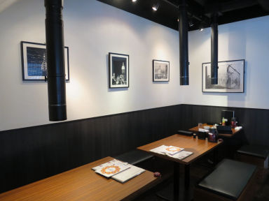 炭火焼肉・韓国料理 KollaBo (コラボ) 銀座店 店内の画像