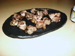 地頭鶏ももサイコロ焼き(100g)