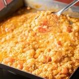 鉄板鍋の〆 トマトチーズリゾット