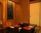 1F個室は、椅子とテーブル、掘り炬燵のお部屋もあります。2F最大50名様宴会場です。