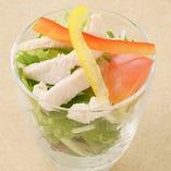 蒸し鶏の胡麻サラダ