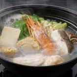 選べるメイン◇海鮮鍋または子持ち帆立の朴葉焼き(写真は海鮮鍋)