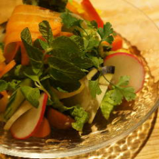 旬野菜の彩りサラダ