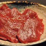 ハツ焼き 牛の心臓。コリコリした食感が特徴です。