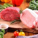 地元愛知の三河赤鶏や下村牛などを使ったお肉料理も自慢です