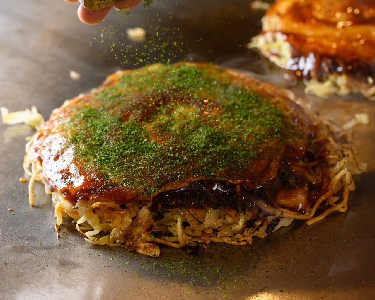 定番!【120分飲放付】鉄板料理と〆のお好み焼きも含む全8品 4,000円コース