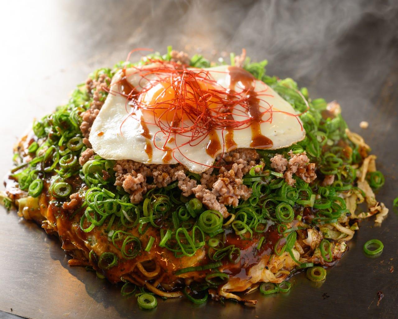 満足!【120分飲放付】ボリューム&コスパ◎鉄板料理と〆のお好み焼きも含む全10品 5,000円コース