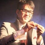 お客様盛り上がり度120%!!!保証!バカウケマジシャン「コバ師」大阪弁から出るトークと共に超絶不思議を行う!超おすすめ!