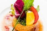 当店の看板メニュー18種野菜と鮮魚のカルパッチョ ナッツと共に
