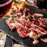 ランチはやさしいスパイスカレー、ディナーは暖まるバル料理!
