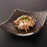 京紅地鶏の鉄板たたきポン酢