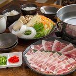 沖縄が誇る在来豚、アグーをしゃぶしゃぶで