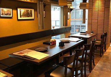 焼肉・韓国料理 KollaBo (コラボ) 三軒茶屋店 店内の画像