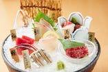 博多の鮮魚をその日盛り合わせる!はかた市名物の1品!