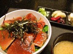 マグロ炙り丼生姜風味