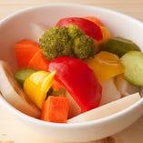 たっぷり野菜のピクルス