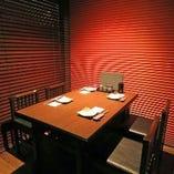 テーブル個室席(4名様×4)