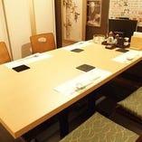テーブル席は2名様よりご利用できます。