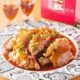 調理歴30年以上のシェフが織り成す料理1品1品。本場中華の本格的料理が楽しめます。