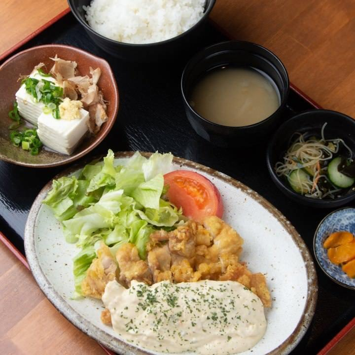 要予約/昼のみ宴会飲放付 3,000円~