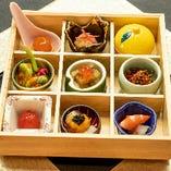 四季折々の食材の美しさで彩られる伝統の技、旬の美味。