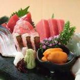 築地魚河岸厳選の鮮魚。毎日仕入れる新鮮な刺身をご堪能下さい!