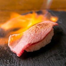 まずはコレ!霜降り上ロース寿司
